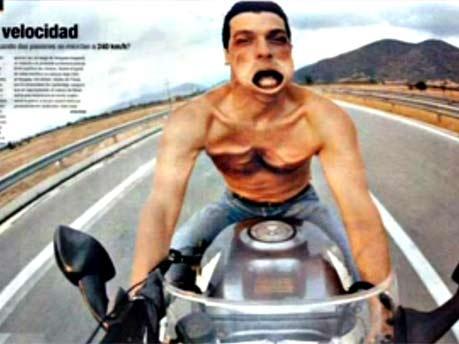 Motorrad Körper verformt