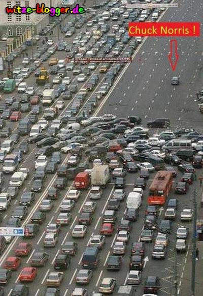 Chuck Norris Autounfall